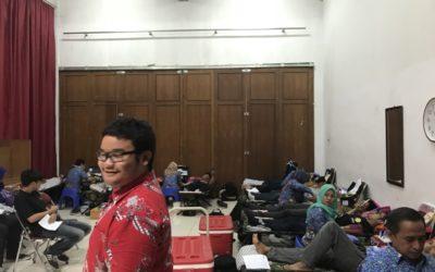 Dorakula : Donor Darah Abis Kuliah